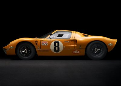 DHG Racing Ford GT40 P1079 1-
