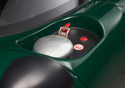 DHG Racing Lola T70 MKIIIB 31