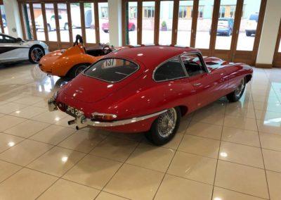 Jaguar E Type FHC 4